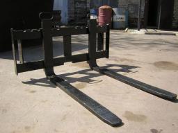 Вилы грузовые (палетные L 1200) от 1 до 5тонн  для мини погрузчика Bobcat,New Holland,Forway,Wecan,МКСМ,ПУМ и
