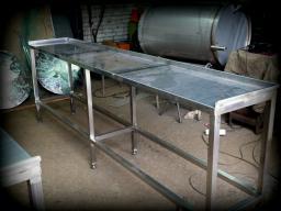 Металлический стол (нестандарт) из н/ж стали