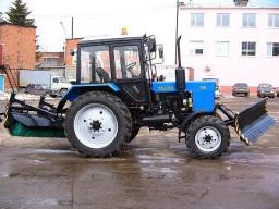 Прокат трактора МТЗ-80 со щеткой