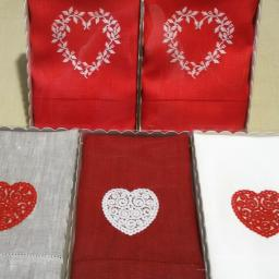 Льняные полотенца с вышивкой