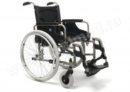 Инвалидная кресло-коляска механическая Vermeiren V100