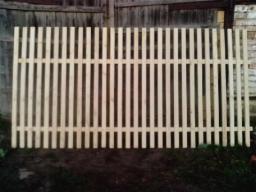 Забор, секция, пролёт из штакетника