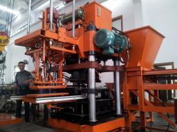 Гидропрессовое оборудование по производству бордюров QPS-500H/650H