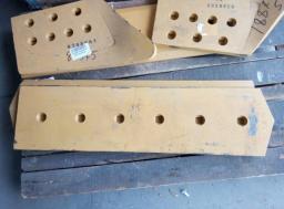Ножи для бульдозера Liebherr PR 744L