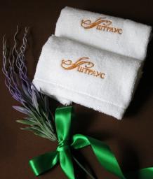 Салфетки с вышивкой Логотипа