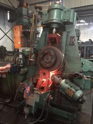 кольцепрокатный стан для производства фланцев