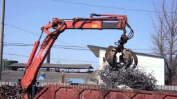 Металлолом купим с вывозом. Демонтаж металлолома и металлоконструкций.