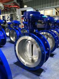 Продаем затворы дисковые поворотные фланцевые стальные Ру16 Ду400 со склада из Китая