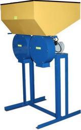 Измельчитель зерна Кубанец-1000/2з, (220 Вольт). Производительность 1000 кг/ч.