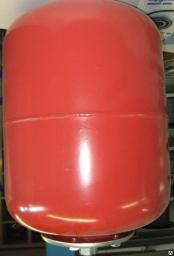 Мембранный бак расширительный 12 литров для отопления