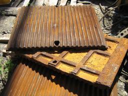 Плиты дробящие к щековым дробилкам