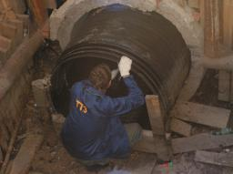 Резьбовые модули для санации изношенных трубопроводов канализации до 2400 мм
