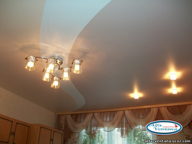 натяжные потолки двух цветов фото для зала магазинов Каменска-Уральского других