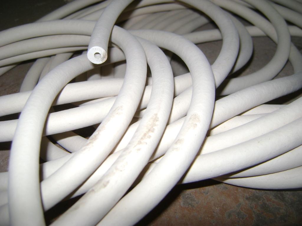 Трубка вакуумная размер 6х6 мм белого цвета