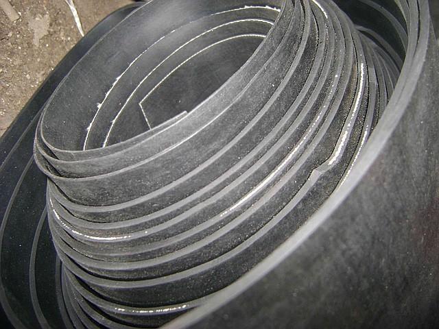 Техническая пластина резиновая 2-Н-1-ТМКЩ-С 3 мм ширина рулона 1450 мм