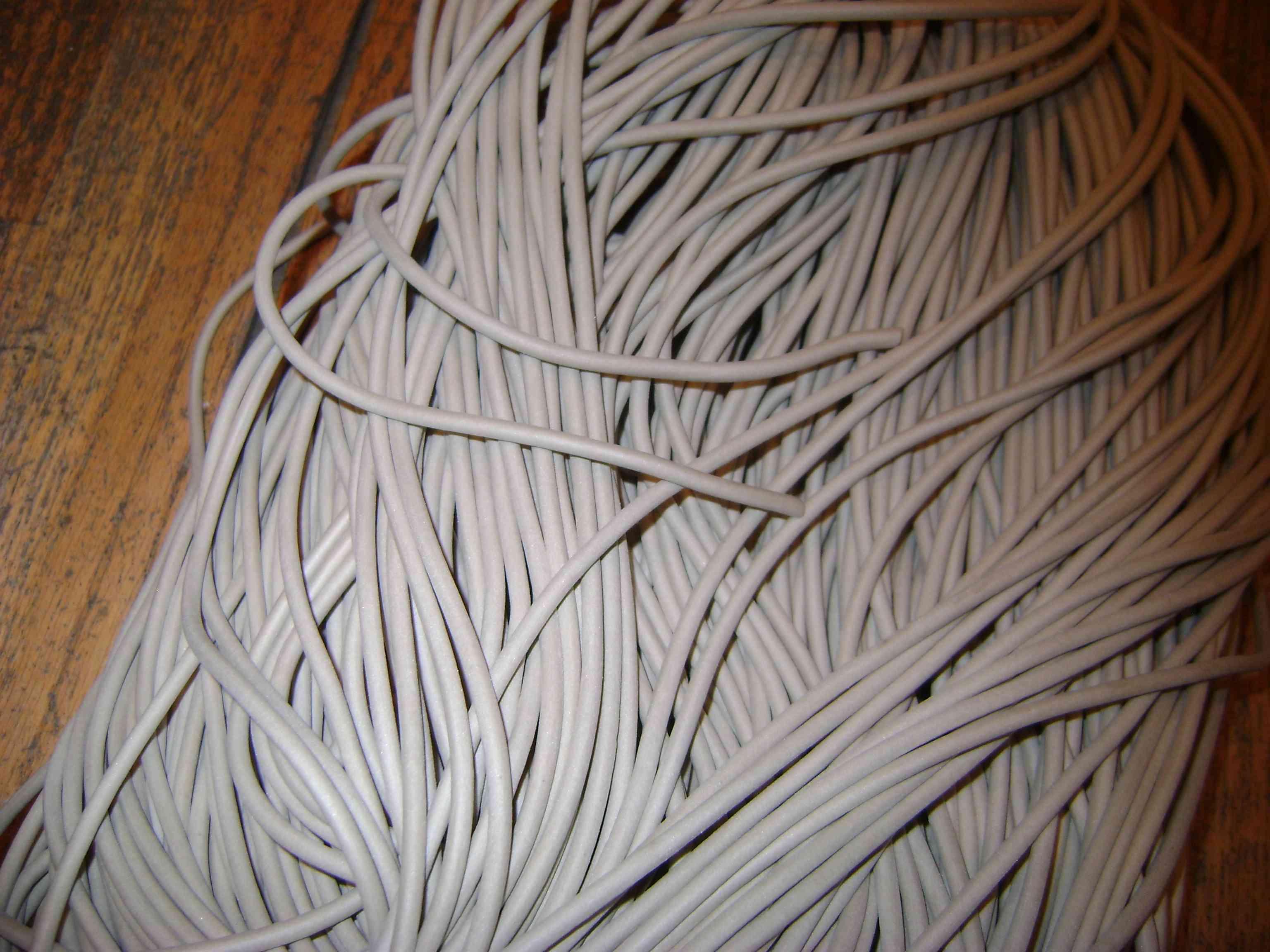 Трубка силиконовая р/с ИРП 1338 размер 3х1 мм белого цвета