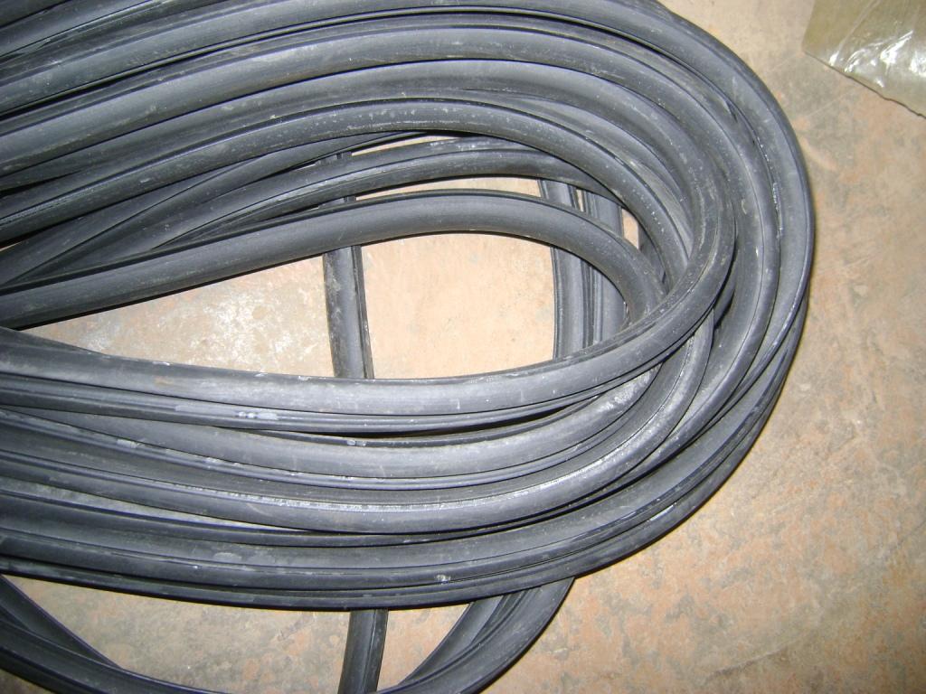 Трубка резиновая 1-3С 5х1,3мм (морозостойкая средней твердости)