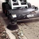 Навесное оборудование Bobcat - щетка с бункером
