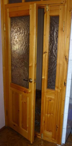 установить входную дверь двустворчатую недорого
