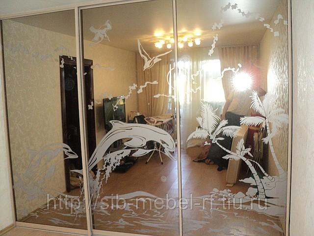 Межкомнатные зеркальные перегородки раздвижные