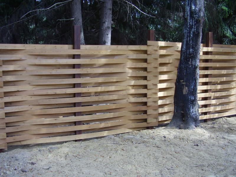 забор из дерева плетенка цена