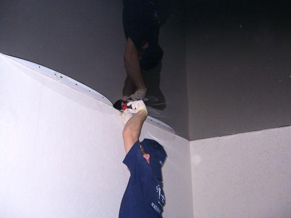 Как натянуть натяжные потолки своими руками