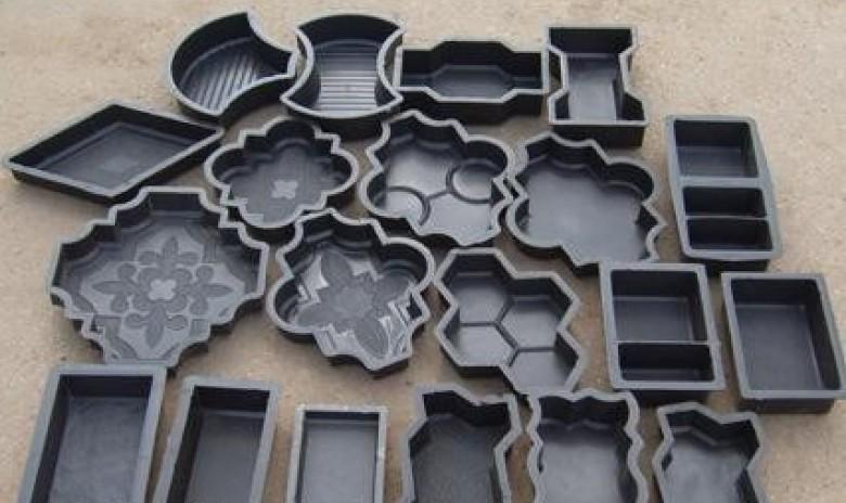 Купить форма для изготовления тротуарной плитНебольшие игрушБаночка
