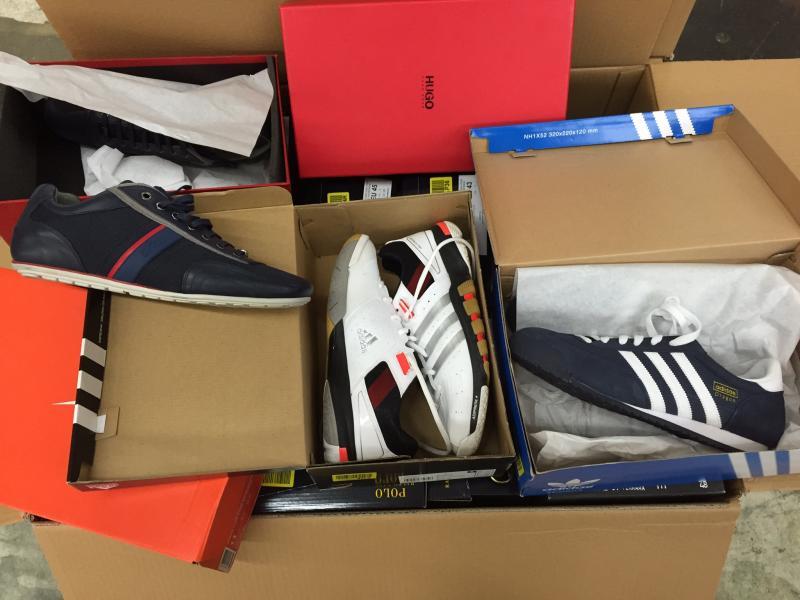 f53a85812c5ea Сток обувь оптом. Европейские бренды Diesel, Guess, Nike - купить в ...