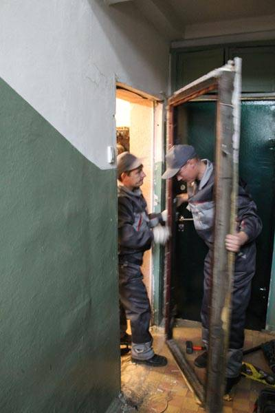 демонтаж металлической двери цена