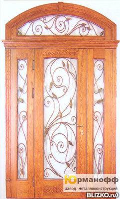 производство металлических дверей со вставками и ковкой в москва