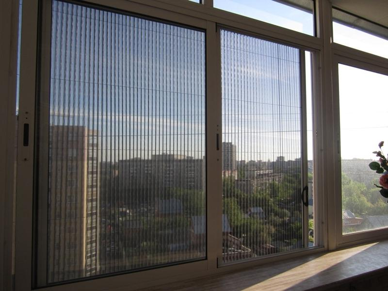 Балконная москитная сетка: сетка на окна от комаров на балко.