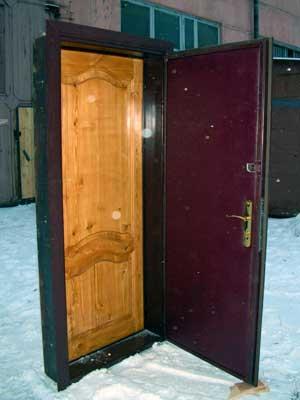 входные две двери в один проем