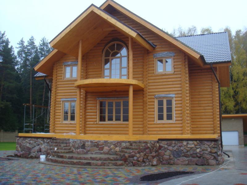 Строительство деревянного дома под