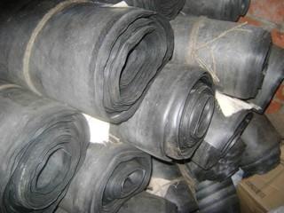 Техпластина в рулонах шириной до 1450 мм
