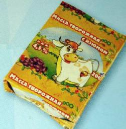 Творожная масса с изюмом (жирность 4,5%, упаковка фольга)