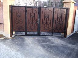 Ворота из металла в новосибирске купить в наличии