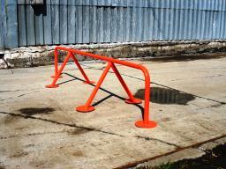Дорожный барьер (внутридворовое)