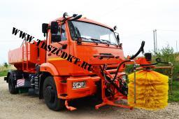Поливомоечная машина ЭД-244К на шасси КамАЗ-43253 с оборудованием для мойки барьерных ограждений