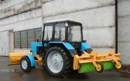 Аренда трактора МТЗ 82 с щеткой и отвалом