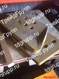 195-71-11173 Бокорез левый Komatsu D355A