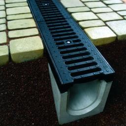 Лоток водоотводный ВЧШГ в комплекте с решеткой щелевой