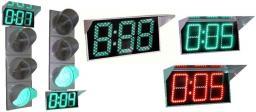 Табло обратного отсчета времени с импульсным блоком питания от зеленого сигнала светофора