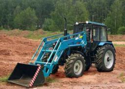 Прокат трактора-погрузчика Беларус