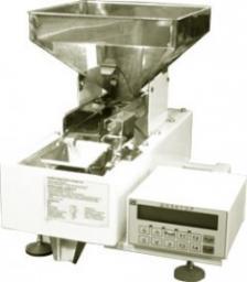 Настольная фасовочная машина Д-03-01 для сыпучих продуктов