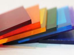 Монолитный поликарбонат 2 мм цветной 2050х3050 мм