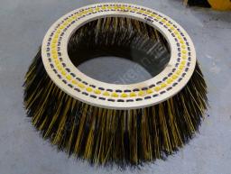 Лотковая щетка (540х800) Пума