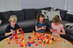Кружок конструирования и робототехники для младшей, средней, старшей и подготовительной группы детского сада