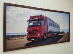 Картина - Постер (Мерседес). Размер: 650x1270 мм.