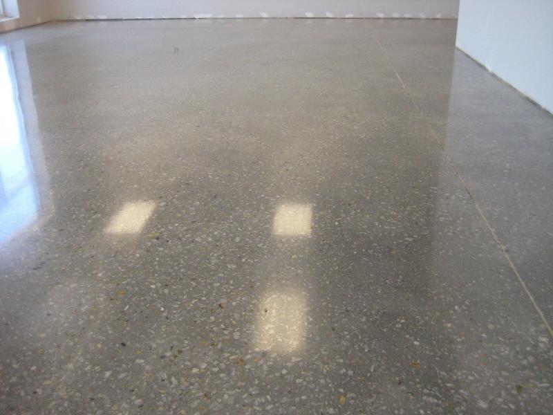 Лак по бетону тистром купить ровность бетона
